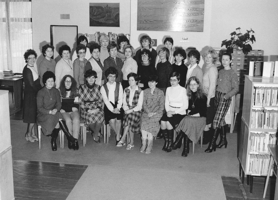 Kolektiv knihovny v roce 1983