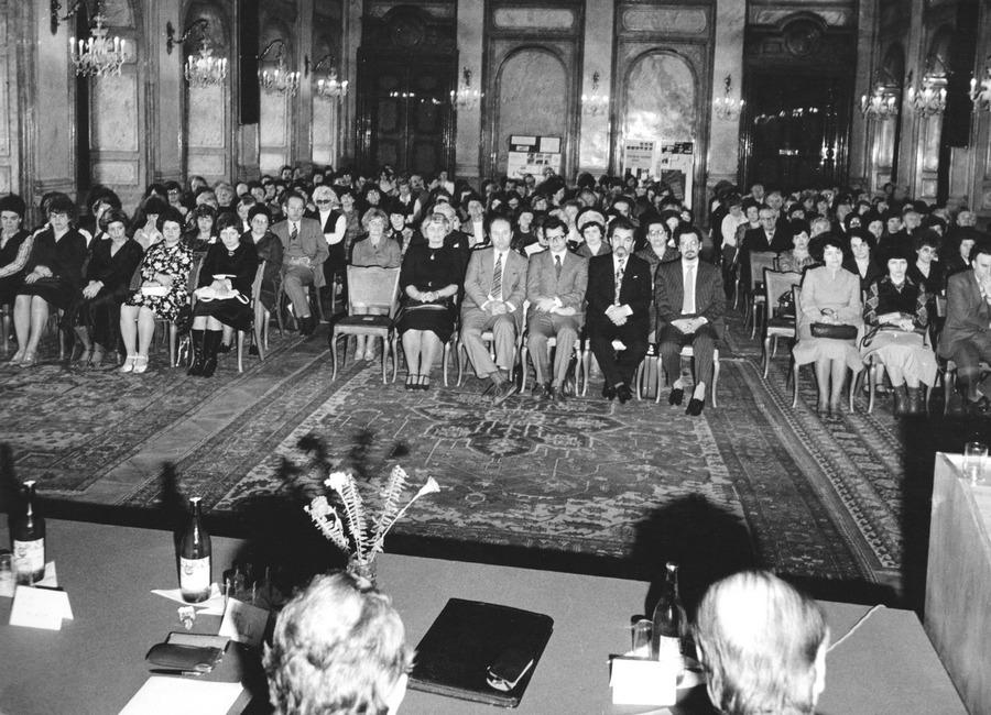 Slavnostní vyhodnocení soutěže aktivity v Rytířském sále v Praze, 1980.